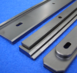 Substrate bracket for color filter manufacturing